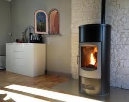 Poêle à granulés : un chauffage design, efficace et écologique